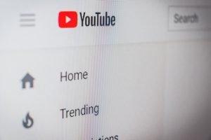Unngå YouTube blokkering med NordVPN